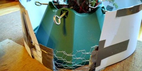 chicken wire and cardstock tree wrap