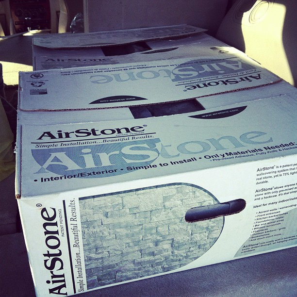 » Update Your Boring Builder Bathtub With AIRSTONE!