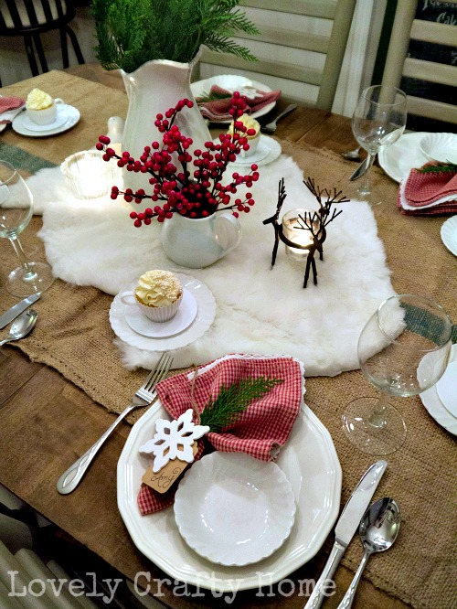 mini fur rug centerpiece