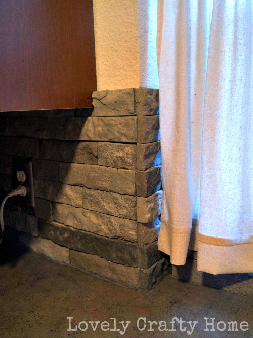 outside corner using flat stones
